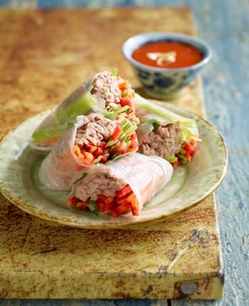 Vietnamese Rolls With Pulled Pork