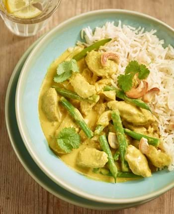 Quick pork curry with turmeric