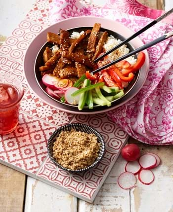 Korean-Style Pork Salad Bowl with Cauliflower Rice